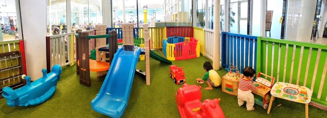 Bandara sultan thaha jambi kids zone playground