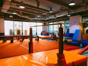 Ruang gym class rockstar gym kokas